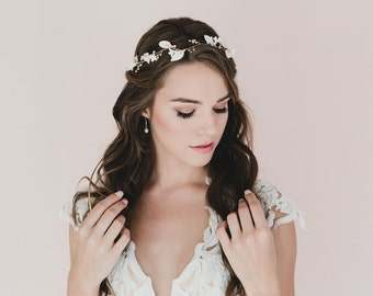 White Lilac Blossom and leaves in Gold hair Vines. Bridal Hair Vine.