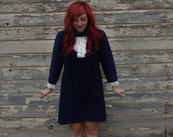 Blue Polyester Lace Sash Dress // 1960s ''Yeah Baby'' Dress