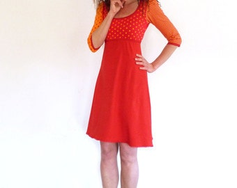 Dress 3/4-sleeve, form A, Empire - points red, orange