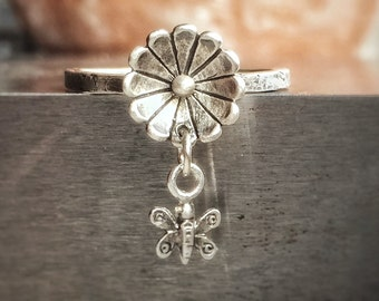 Butterfly Flower Ring, Unique Rings for Women, Nature Jewelry, Nature Ring, Floral Ring, Dangling Ring, Boho Ring, Ring for girls,