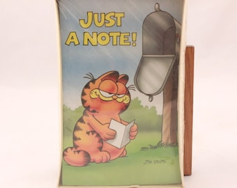 """Vintage Gibson Greetings Garfield Notes and Envelopes. 10 Count 5 1/2"""" by 3 1/2"""" Sealed"""