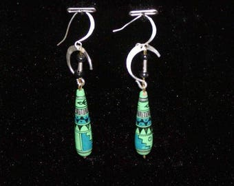 Silver Earring made with a Peruvian hand painted bead
