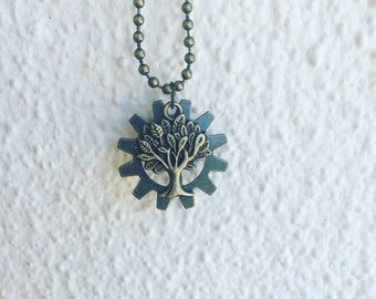 Tree & lepidolite necklace