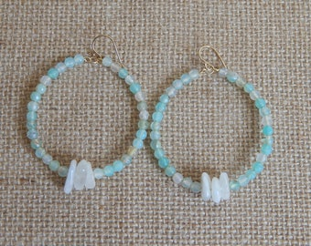 Hoop earrings with seafoam green agate and moonstone chips, beach boho, summer jewelry, festival chic, trendy jewelry, bohemian style