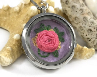 Pink Rose Necklace, Valentine's Day Gift, Flower Jewelry, Feminine Jewelry, Rose Pendant, Plant Jewelry, Embroidered Necklace, Rose Jewelry