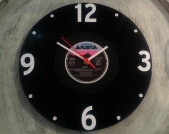 Uhr aus Schallplatte Arista LP Vinyl Deko Wall Clock Time