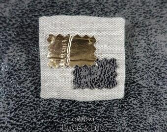 pretty pin black gold