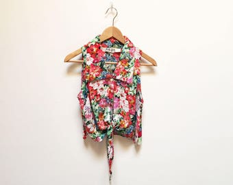 Ignite Floral Tie Front Sleeveless Crop Top