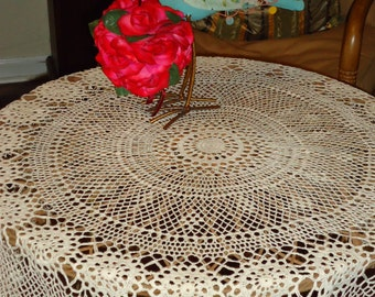 Nice Vintage, Crochet Lace Ecru Cream 54 Inch, Round Tablecloth,Todayu0027s Gift  Tomorrowu0027s Heirloom