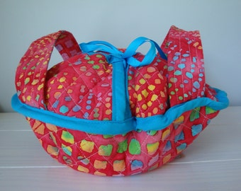 Quilted Casserole Dish Carrier, Casserole Cozy, Pie Dish Carrier, Mother's Day Gift, Grandma Gift
