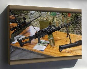 Canvas 16x24; 7,62 Kk Pkm Machine Gun Lippujuhlan Paiva 2013