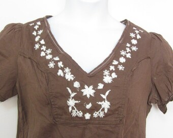 80's 90's Misses L Dark Brown Light Weight Gauze Embroidered Front Peasant Top Summer Top See DETAILS Free Shipping