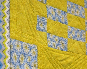 Blue and yellow baby quilt, lap quilt, neutral colors,daisies, sunny, happy joy, handmade, one of a kind