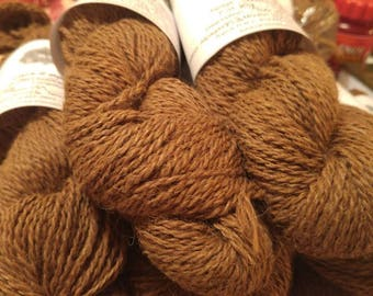 Skein of suri Alpaca fiber, from our natural Alpaca Butterscotch, brown color without dye