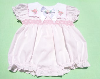 Vintage allison ann baby girls romper with smocking size 6-9 months see measurements pale pink