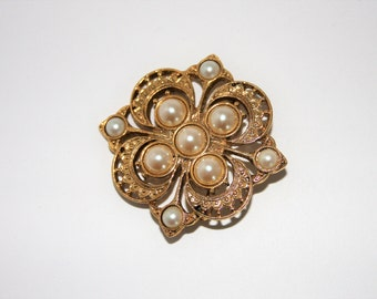 1928 pearl brooch