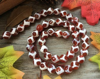 """Natural 8mm Faceted Red Agate Football Agate Gemstone 15"""" Loose Beads DIY Suppliers for Jewelry Spacer Charms  1 Strand"""