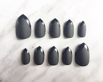 Black Matte and Glossy Tip Contrast Stiletto Press On False Nails Fake Nails