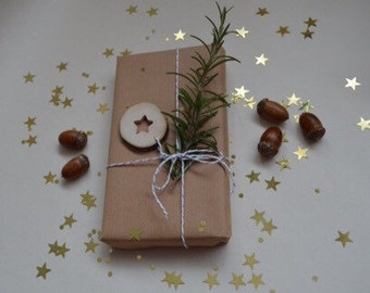 Rustic gift tag, eco friendly gift tag, wooden slice gift tag, wooden star