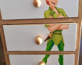 "Disney ""Peter Pan"" mini chest"