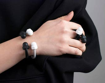 Contemporary ring in black and white, Modern rubber and metal ring, Minimalist ring, Modern jewelry, Black and white ring