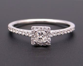 Adorable 14k White Gold .68ct Princess Round Cut Diamond Engagement Halo Ring Size 8.5