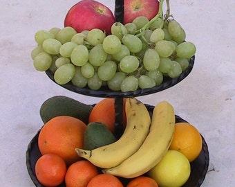 Fruttiera,centrotavola,alzata,portafrutta,ferro battuto,fatta a mano,centerpiece,dining table accessories,fruit bowl,handmade,regalo,cucina