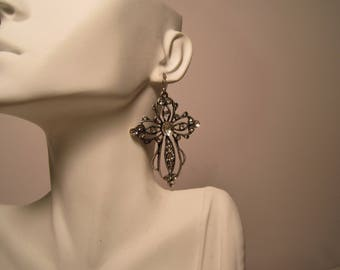 Silvertone Rhinestones Celtic Cross Earrings    (#575)