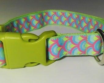 Adjustable Abanico Dog Collar - Green