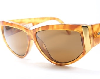 Versace mod. 389 col. 864 oversize vintage sunglasses with cat eye shape / tortoise sunglasses / made in Italy in the 1980's