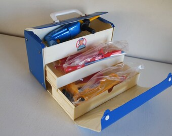 """Vintage 70s Triefels Germany """"Junior Technicus""""  toy tool box"""