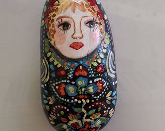 Painted Pebble matriockka
