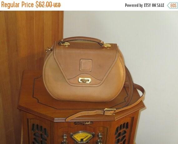 Football Days Sale Price Reduced! Hartmann Women's Brown Leather Messenger Cross Body Bag
