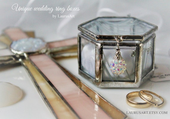 Chinese Wedding Gift Money Amount: Unique Wedding Gift Set Heirloom Quality Glass Ring Box And A