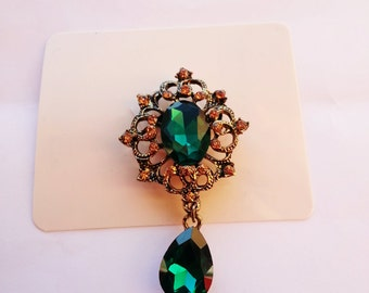 Vintage Brooches Pin with Large Diamante Pendent waterdrop Rhinestone Unique