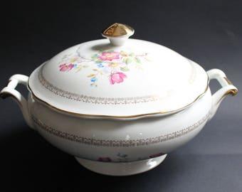 Soup Tureen. French Transferware. Sarreguemines. Serving Dish. Antique Tureen. Serving Bowl. White Decor. Soupière Ancienne. Vintage Kitchen