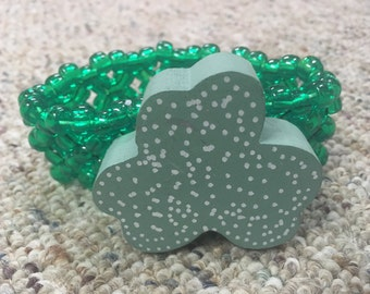 Green shamrock st patricks day kandi cuff