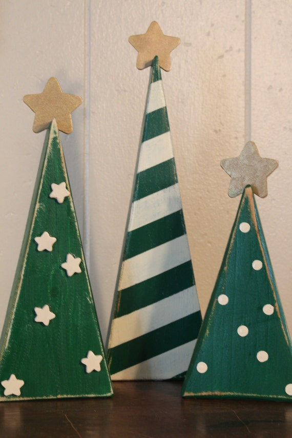 christmas trees pallet sign recycled wood wall decor. Black Bedroom Furniture Sets. Home Design Ideas