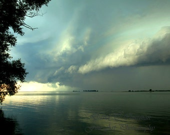 Supercell Over the Bay