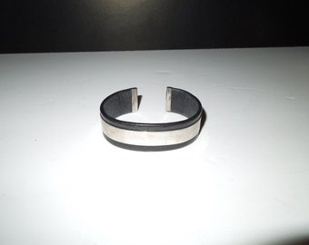 Vintage Black Leather and Sterling Silver Cuff Bracelet - Engravable