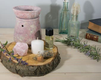 Oil Burner and Essential Oil, Gift Set, Soapstone Essential Oil Burner, Large  White Oil Burner with Quartz Point and Lavender