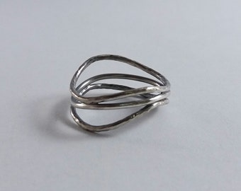 Modern wire wrap oxidized sterling silver ring, unique design ring, women band, handcrafted silver ring, size 7us, only one available
