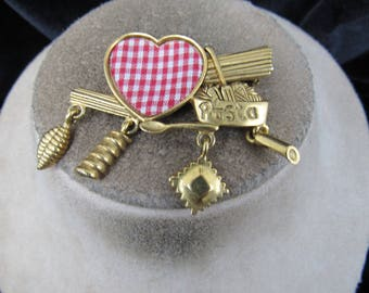 Vintage Signed Dancecraft Wide Goldtone Pasta/Cooking Themed Pin With Charms & Cloth Heart