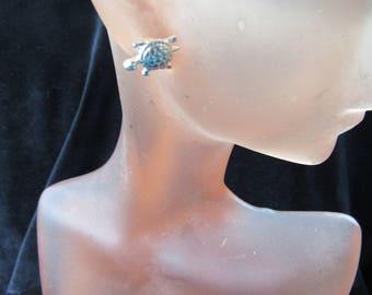 Vintage Pair Of Silvertone Turtle Pierced Stud Earrings