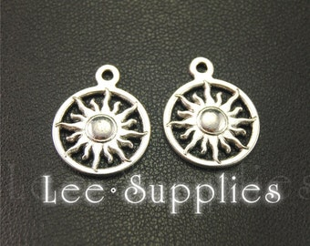 20pcs Antique Silver Alloy Round Sun Charms Pendant A1915