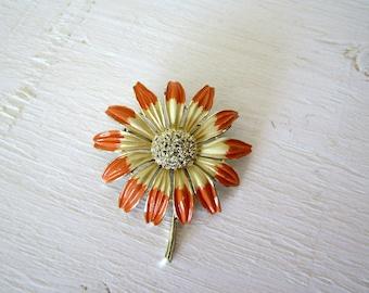 Vintage Flower Brooch / Pin / Jewelry