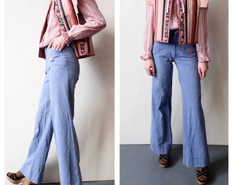 Lovely Vintage Denim Bells, Light Wash 70s Wide Leg Bell Bottom Pants WIth Front Pockets, Trouser, Women's Pant, 1970s, Retro Boho Chic