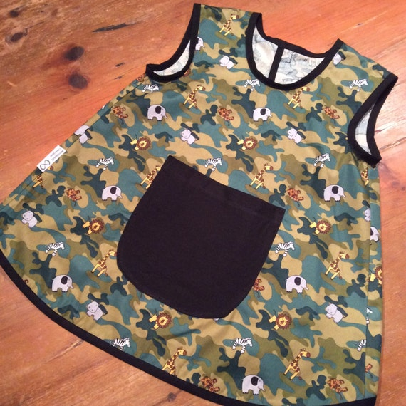 Summer Art Smock, Apron, Red & Blue Soldiers,Unisex/Boys/Girls, Quality Hand Made