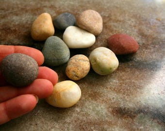 Small Beach Stones, Beach Rocks, Jewelry Making Supplies, Sea Stones, Raw Materials, Art Craft Supplies, Stones and Pebbles, Stones to Paint