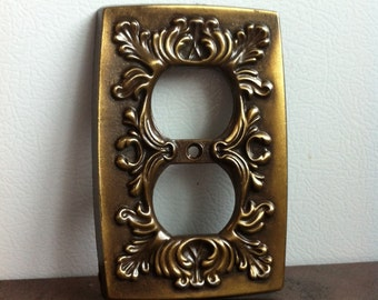 Vintage Outlet Cover - Ornate Brass Electrical Plate - Wall Decor